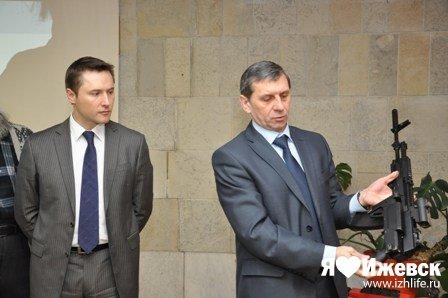 http://izhlife.ru/uploads/posts/2012-02/1328175823_dsc_5199.jpg