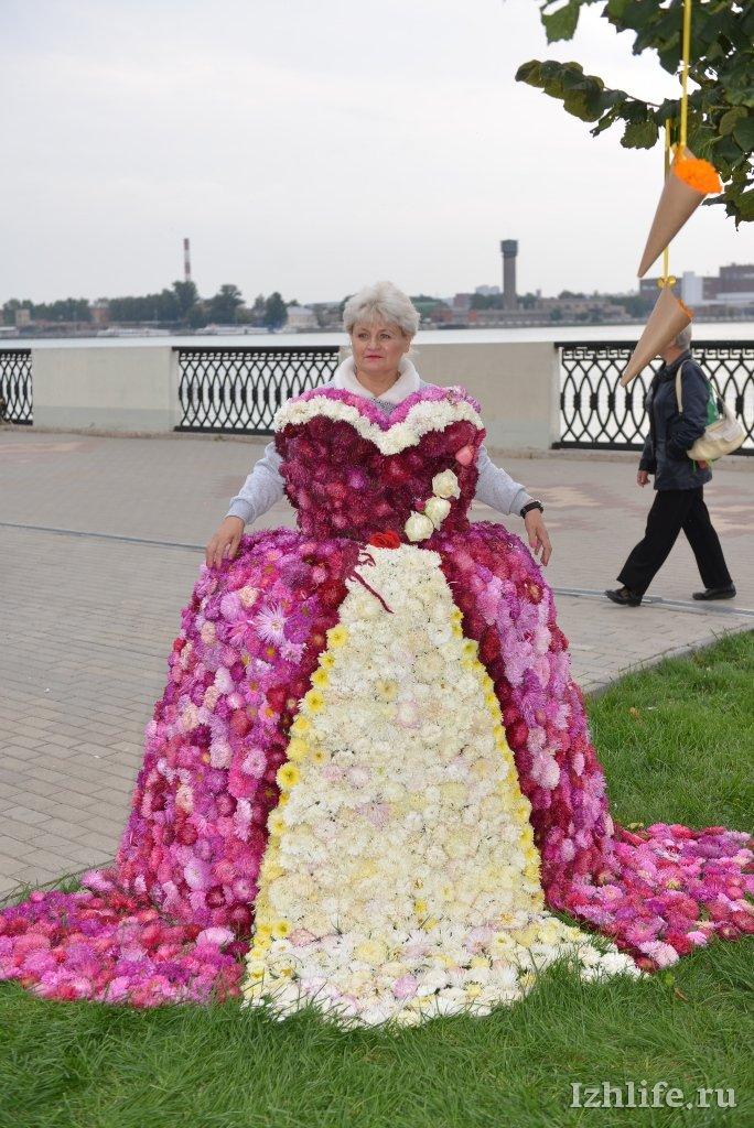 Платья из цветов как сделать