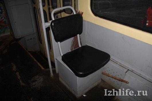 79 лет ижевскому трамваю: почему он может пойти юзом и о чем общаются вагоновожатые