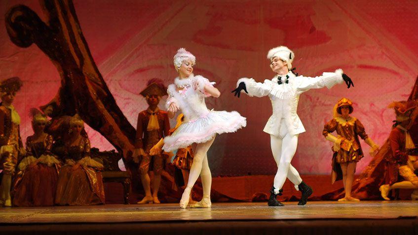 За 11 лет службы в Государственном театре оперы и балета Удмуртии Петр Овчинников исполнил 21 сольную партию