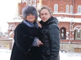Актеры из «Интернов» в Ижевске швырялись деньгами