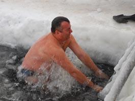 Где ижевчанам искупаться в ледяной воде