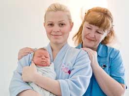 В Ижевске первый малыш 2011 года родился под бой курантов