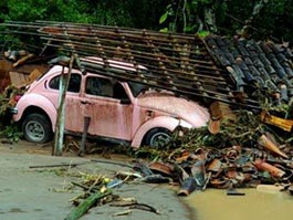 В Бразилии из-за оползней и наводнений погибли 670 человек