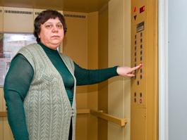 Почему лифты в ижевских домах отказываются работать?