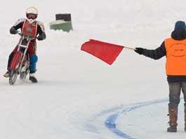 В Ижевске байкеры выяснят на льду, кто их них лучше