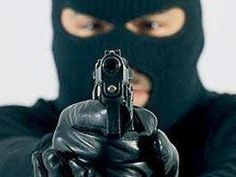 Житель Удмуртии угрожал пистолетом из-за отсутствия денег на поездку домой