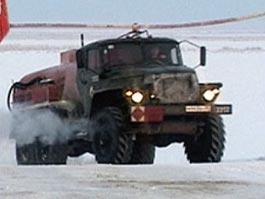 В Удмуртии через ледовую переправу пустили фуры до 14 тонн