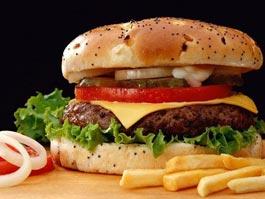 В Британии решили обложить фастфуд налогом на ожирение