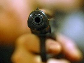 Из-за дела о растрате экс-министр обороны Филиппин застрелил себя