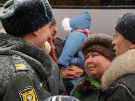 Ижевские милиционеры вернутся из Чечни уже «полицейскими»