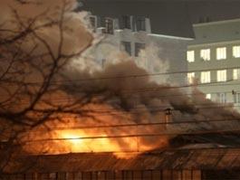 При пожаре на складе в Перми погибли 8 человек