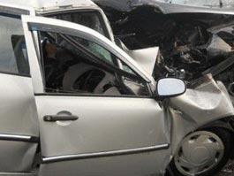Смертельное ДТП в Удмуртии: внедорожник врезался в грузовик, погибли 2 человека
