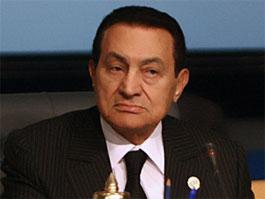 Президент Египта ушел в отставку и сбежал на курорт