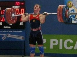 Спортсмен из Удмуртии победил на юниорском чемпионате ПФО по тяжелой атлетике