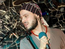 В Ижевске экс-солист группы «5'Nizza» вырядился в Джека Воробья