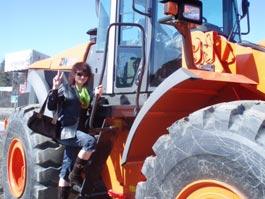 На 8 марта фермершам из Белоруссии подарят тракторы