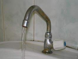 В ижевских квартирах из-под крана снова потечет вода «с душком»
