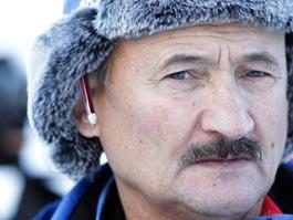Миллиардер Прохоров уволил старшего тренера российских биатлонисток