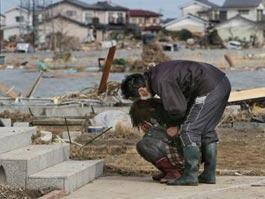 Число жертв землетрясения в Японии превысило 5200 человек
