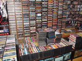 Удмуртские «пираты» наворовали фильмов и музыки на 25 млн. рублей