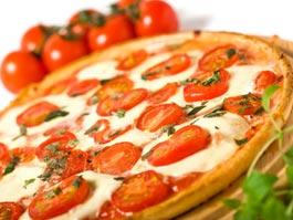 Итальянцы требуют включить пиццу в список культурного наследия человечества
