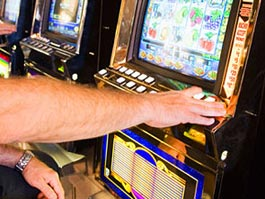 Во Франции пенсионер выиграл у «однорукого бандита» 9 миллионов евро