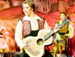 В Ижевске премьера балета «Дон Кихот» прошла с аншлагом