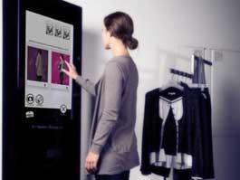 В лондонских магазинах одежды появятся зеркала с выходом в социальные сети