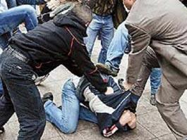 За сутки в Москве подрались сотни фанатов и две банды с оружием