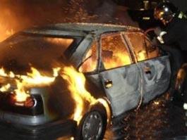 В Москве в автосервисе сгорело сразу 7 машин