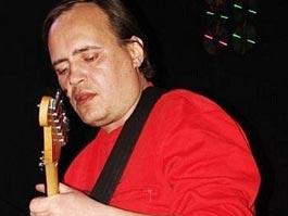 Гитариста рок-группы «Сектор газа» нашли мертвым