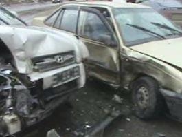 ДТП в Ижевске: иномарки жестко не поделили перекресток на Удмуртской