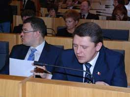 В Удмуртии сократят депутатский корпус и переименуют пост руководителя республики