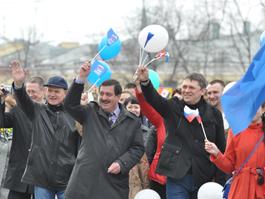 Министры Удмуртии личным примером показали, как надо ходить на демонстрацию