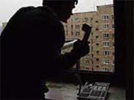 Телефонный террорист «заминировал» 150 салонов связи по всей России