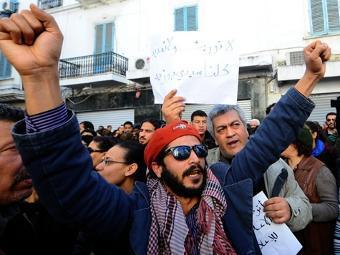 Полиция Туниса арестовала более 600 участников беспорядков