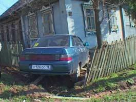 Вал ДТП с детьми в Удмуртии: в Воткинске водитель сбил школьника и врезался в дом