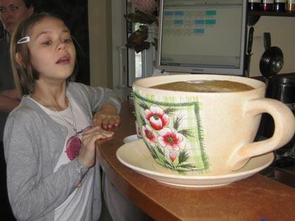 В Ижевске установили рекорд – сварили 6-литровую чашку капучино