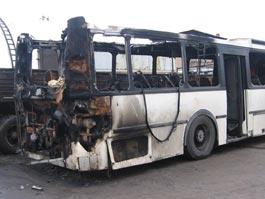 В Твери поджигатели спалили автопарк