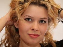 На конкурс красоты почтовики Удмуртии выдвинули свою Клаудиу Шифер