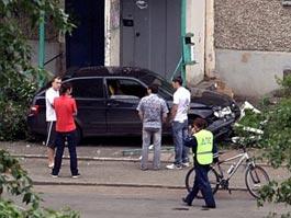 ДТП в Ижевске: пьяная девушка на авто протаранила скамейку и сбила женщину
