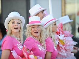 В столице Латвии прошёл Фестиваль гламурных блондинок