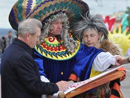 На центральной улице Ижевска прошел карнавал