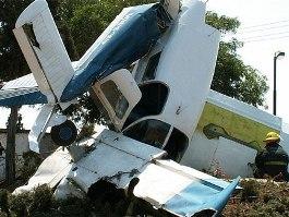 Подросток в США второй раз выжил при падении небольшого самолета