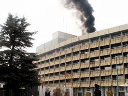 Террористы взорвали отель с туристами, погибли 12 человек