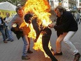 На станции метро в Москве сожгли девушку