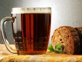 Госдума опровергла информацию о приравнивании кваса к алкоголю