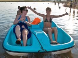Водные развлечения: где в Удмуртии покататься на лодках и катамаранах