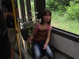 В Ижевске в День семьи детей бесплатно прокатили на трамвае